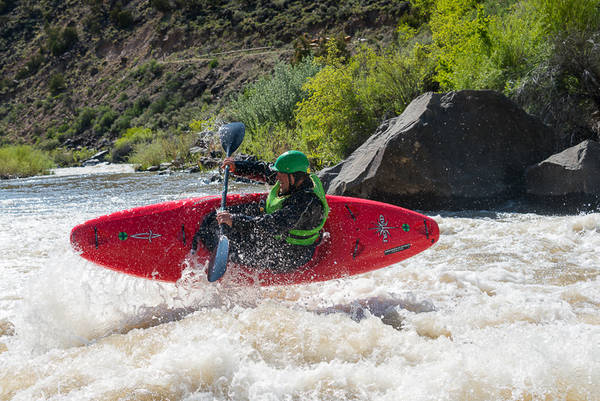 Aren Rane,  Racecourse, Rio Grande River, New Mexico, ender trick, grade III river, whitewater, kayaking, Santa Fe Workshops, Adventure Photography Workshop, Michael Clark.