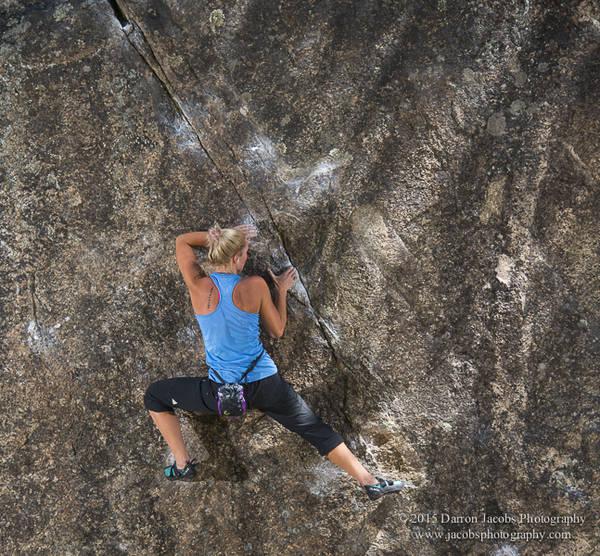 Alyse Dietel bouldering